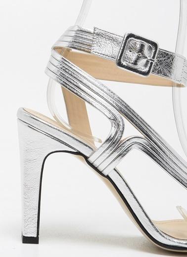 F By Fabrika Kadın Siyah Ayakkabı CASSANDRA Gümüş
